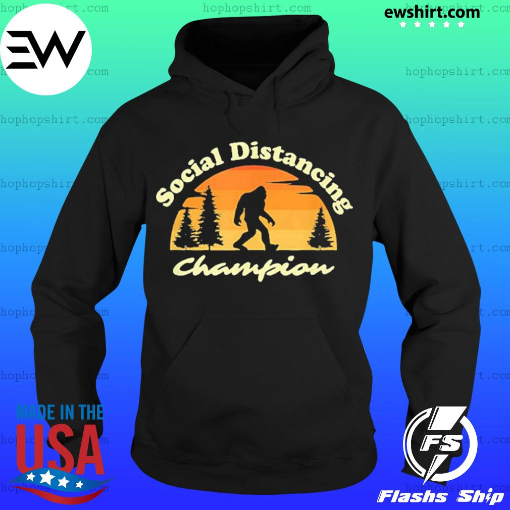 Social distancing champion vintage sasquatch Bigfoot s Hoodie